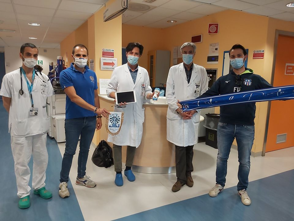 Nuovo ecografo Wireless donato al reparto di Medicina