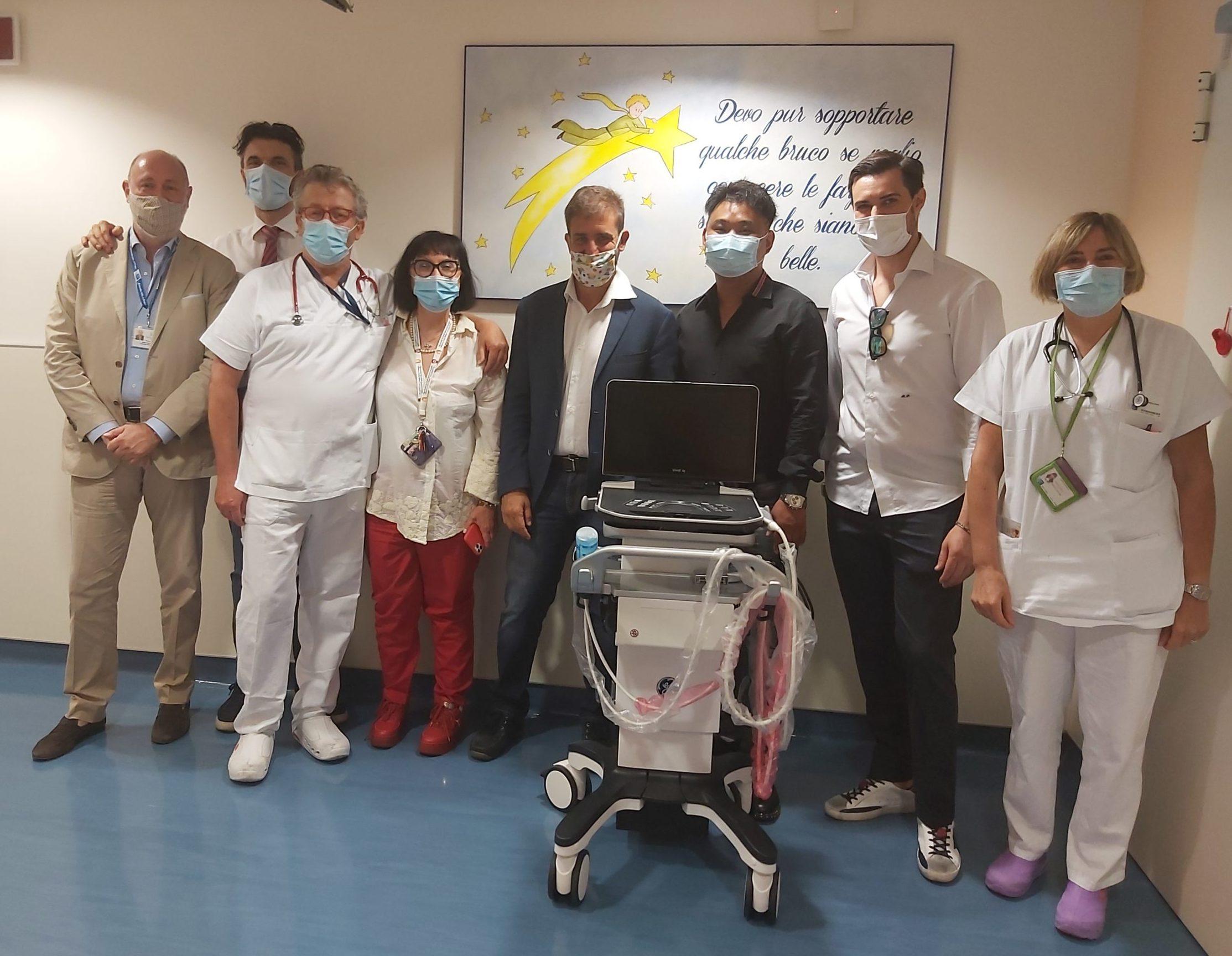 Un nuovo ecografo ad alta tecnologia per la pediatria del Santo Stefano di Prato